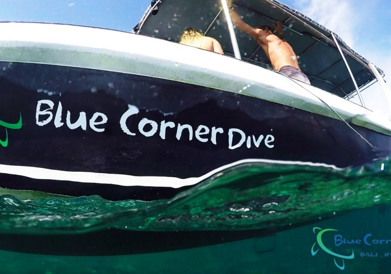 1.Diving with Blue Corner Dive Nusa Penida