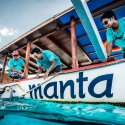 2. boat manta diving