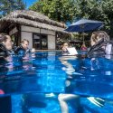 1. poolsessions at manta Dive