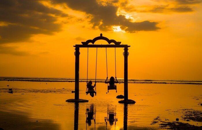 sunset and swing gili trawangan