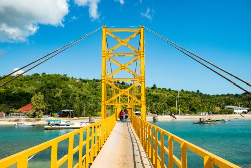 Yellow bridge Nusa Lembongan Ceningan